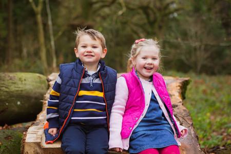 Family photographer in Salisbury, Wiltshire