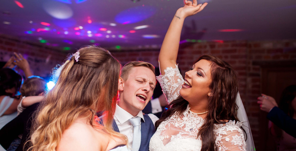 Wedding dancing.jpg