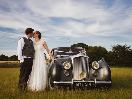 Stunning country wedding in Woodborough, Wiltshire