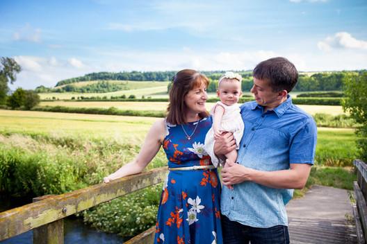 wiltshire family photographer, family photoshoot, salisbury family photographer, family photoshoot, family portrait