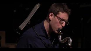 Bass clarinet and looper improvisation -