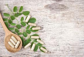 Herbal%25252520capsules%25252520on%25252