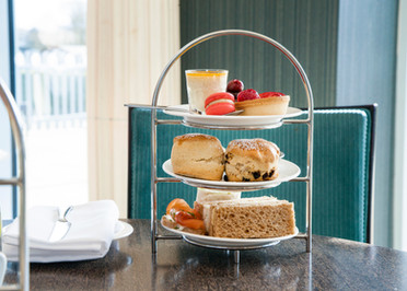 afternoon tea at 4 star hotel