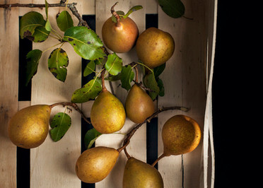 Box of pears