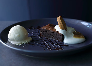 Chocolate brownie smores dessert