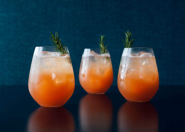 Refreshing Peach Cocktail