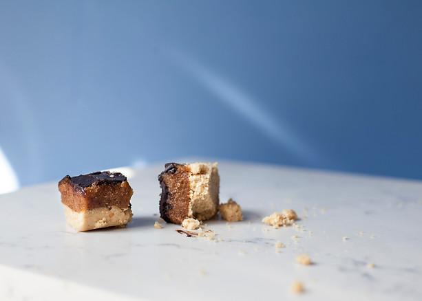 Crumbling Caramel Shortbreads