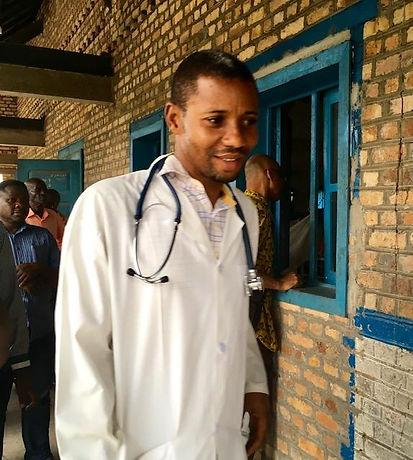 Dr. Willy Amali.jfif