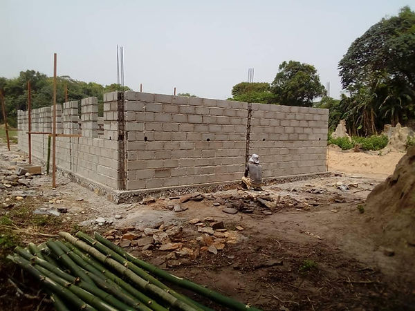 bouw school Makoko.jfif