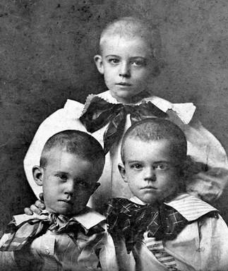 Adrian, William, & Hargrove Van de Graaff