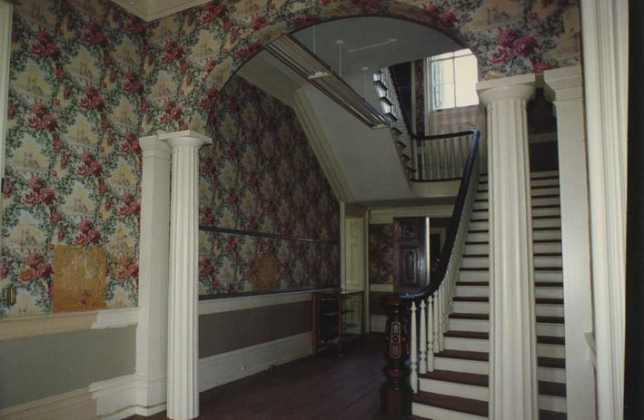 Foyer & Entryway