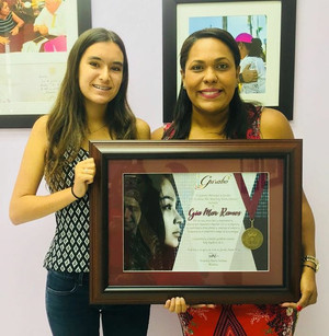Fundadora de Girl Innovation recibe premios por liderazgo