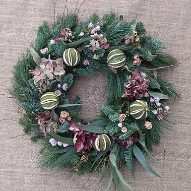 Private Home Wreath Making Workshop. Saturday 11.12.21 5.30pm-7.30pm