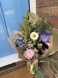 B&T Flower Subscription: £15