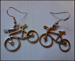 loveheart bicycles 01.jpg