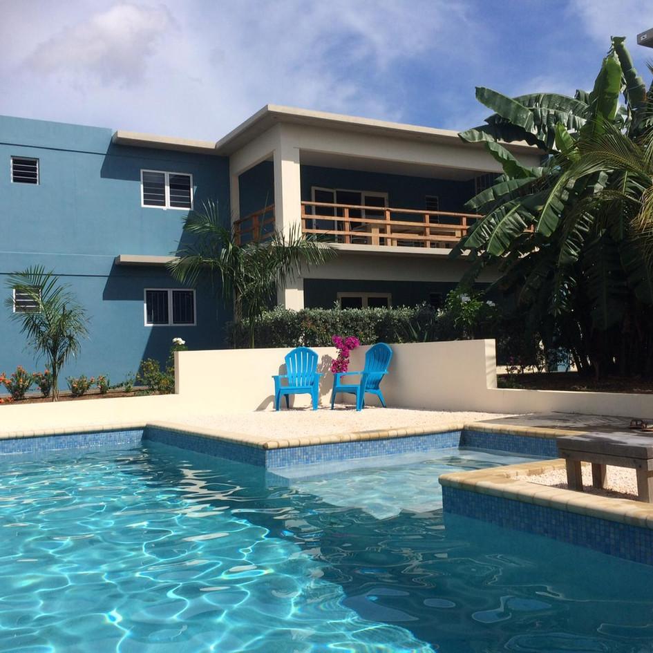 Azulita Apartments