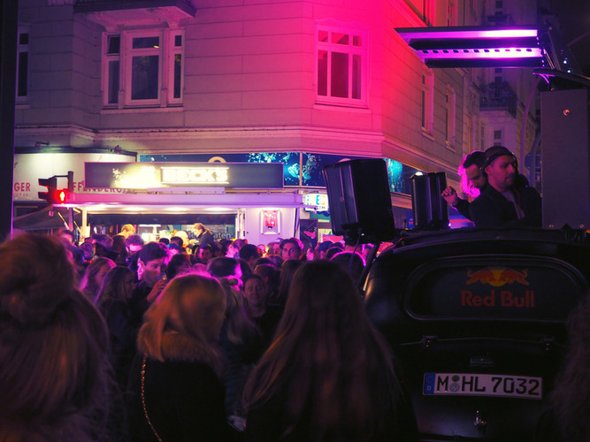 Stadtfest_Winterhude_01_(c)AHOI_Events.j