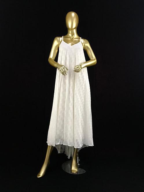 Loose white dress