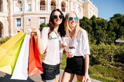 girls_shopping_klein