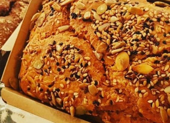 Pão lowcarb com grãos sem glúten e sem lactose