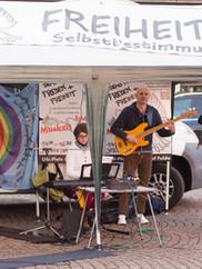 Friedensdemo Friedenbewegung Hessen wir