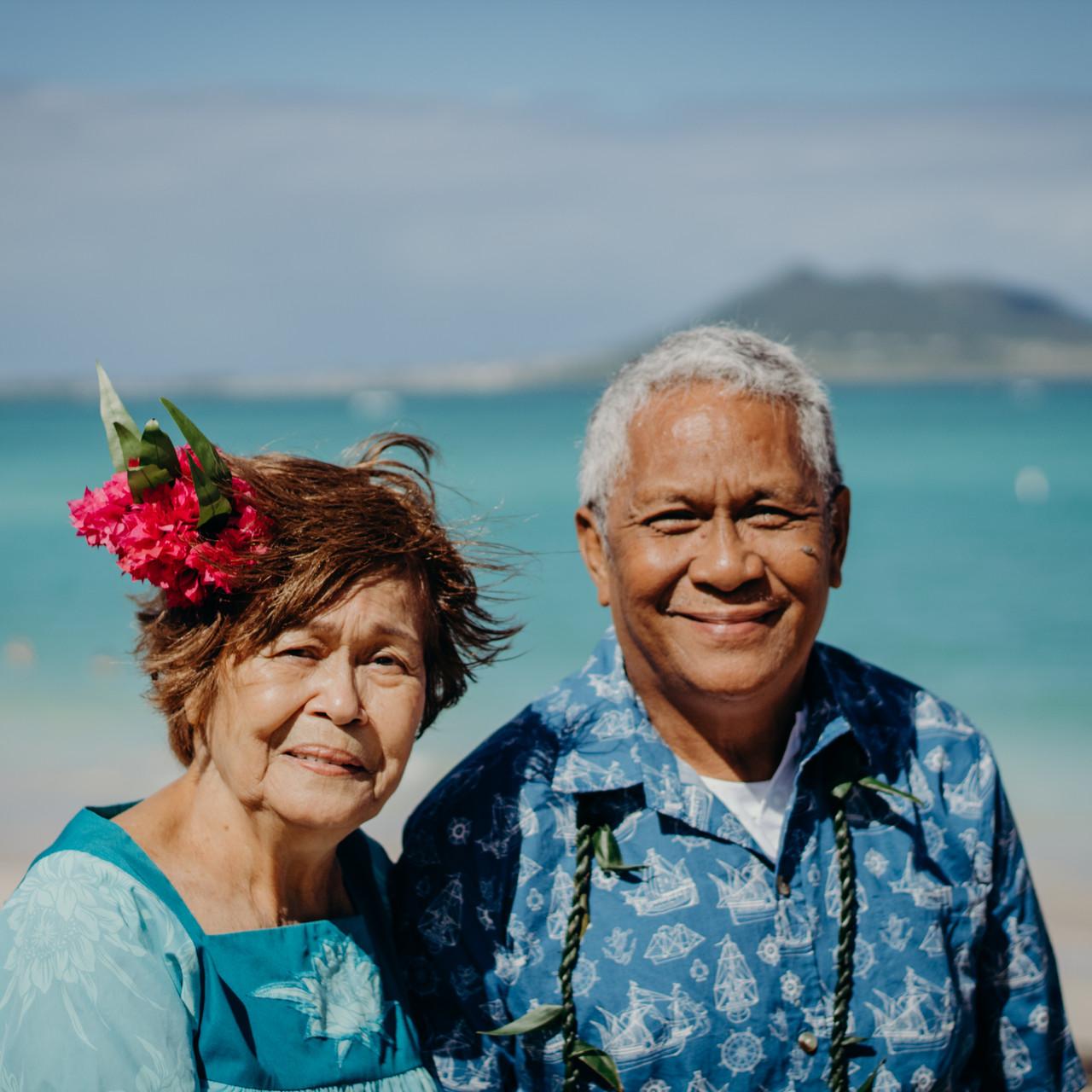 Hawaiian Dress, Hawaiian Muumuu, Muumuu, Kailua Beach, Hawaii Photo Shoot, Family Portrait Hawaii