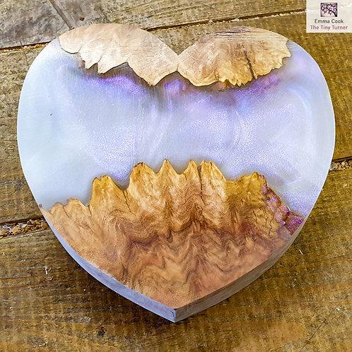 """6"""" Wide Resin/Red Mallee Burr Hybrid Heart Blank - White Iridescent Shimmer"""