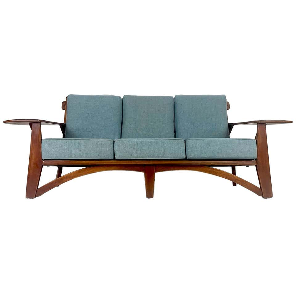 Cushman Paddle Arm Sofa