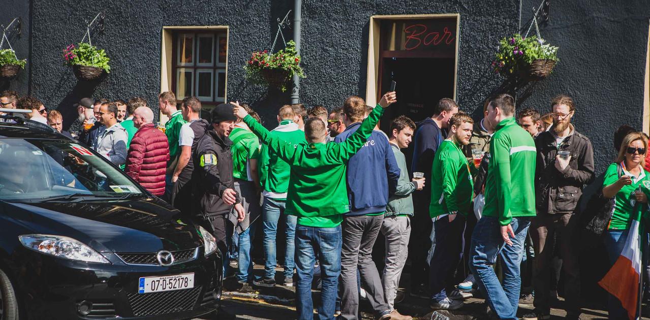 Match Day - Ireland 1-1 Austria WCQ June 2017 - Green Army - Denis Vahey Photography - Commercial _ Portrait _ Advertising - www.denisvahey.com-8