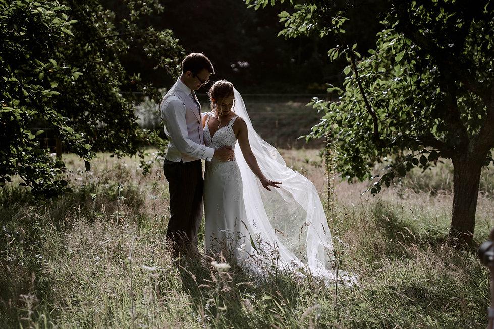 emmy-shoots-marquee-wedding-128.jpg