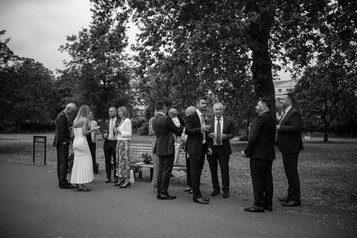 emmy-shoots-marylebone-wedding-london-47.jpg