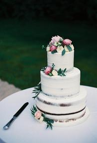 emmy-shoots-film-sussex-wedding-28.jpg