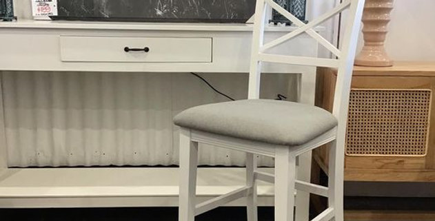 Hampton Bar Chair