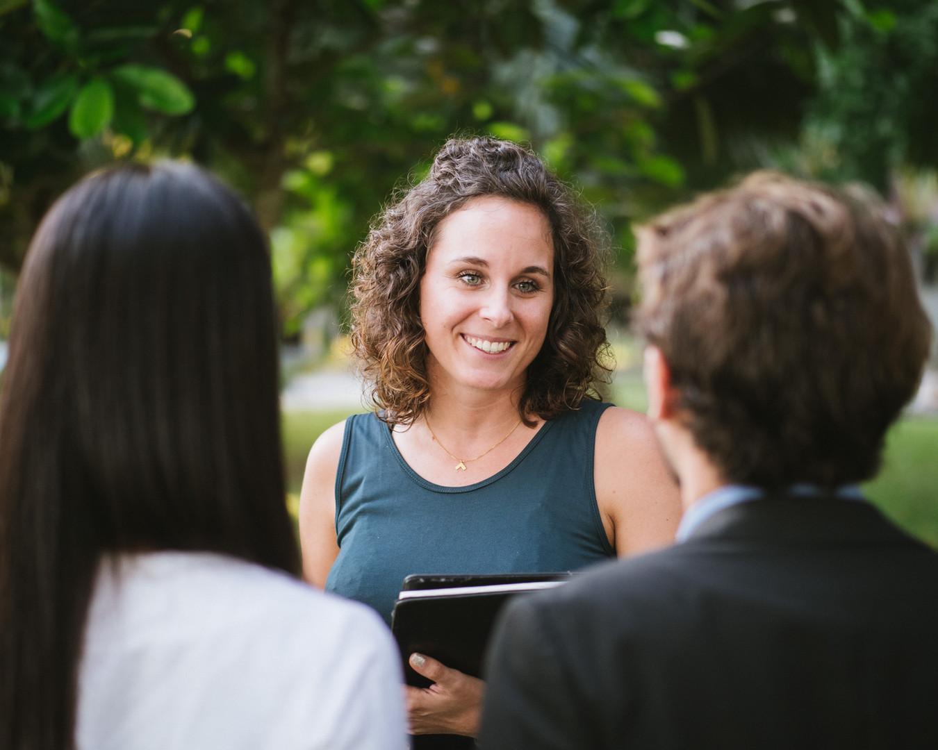 Elisabeth Mandl als Freie Rednerin bei einer Destination Wedding im Herbst 2019 in Thailand.