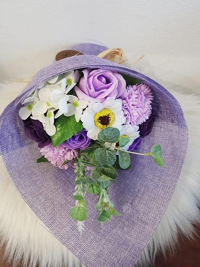 Großer Blumenstrauß aus Seife - Lilatöne