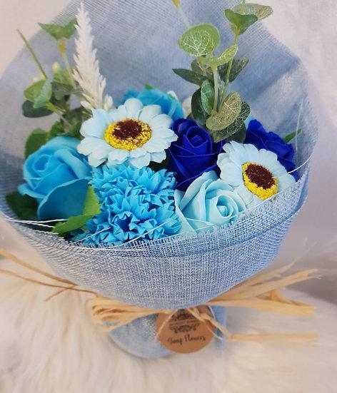 Großer Blumenstrauß aus Seife - Blautöne