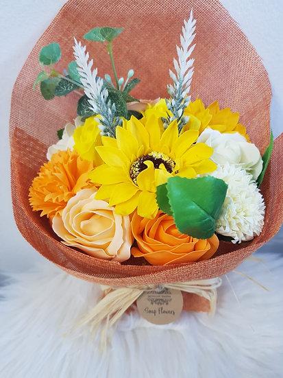 Großer Blumenstrauß aus Seife - Orangetöne