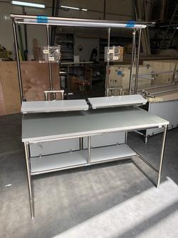 שולחן משלד נירוסטה