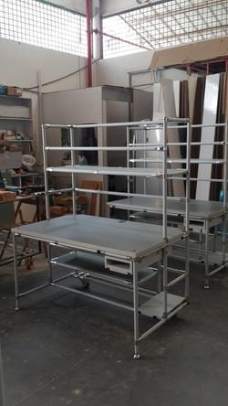 שולחן טכנאי