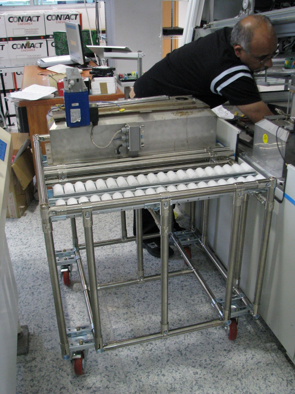 מתקן לשינוע אמבטיית בדיל