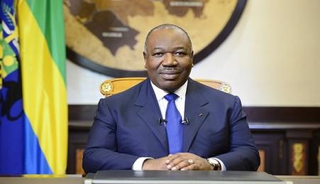 Gabon : Ali Bongo sort de son sommeil artificiel