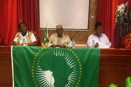 LÉGISLATIVES AU GABON, L'UA PARLE D'UNE ELECTION LIBRE ET TRANSPARENTE