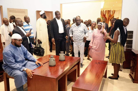 Gabon spécial Economic Zone (GSEZ) reçoit la visite des Hommes de Dieu .