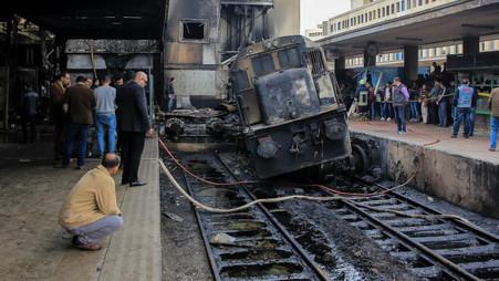 EGYPTE / INCENDIE D'UN TRAIN : LE MINISTRE DES TRANSPORTS DÉMISSIONNE APRES L'ACCIDENT