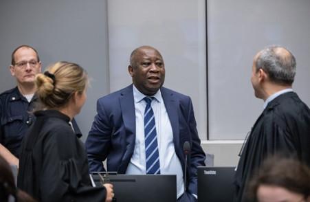 COTE D'IVOIRE: LA LIBERATION DE LAURENT GBAGBO SUSCITE L'ESPOIR D'UNE REUNIFICATION DU FPI