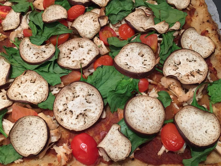 Turning cheat foods good - cauli pizza
