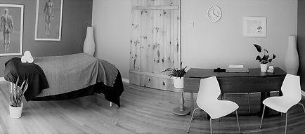 shortpano black and white.jpg