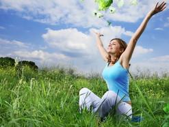 איך להפסיק לרדוף אחרי האושר ולגרום לו לרדוף אחריכם ?