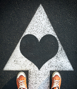 איך עוברים מאכזבה לאהבה?