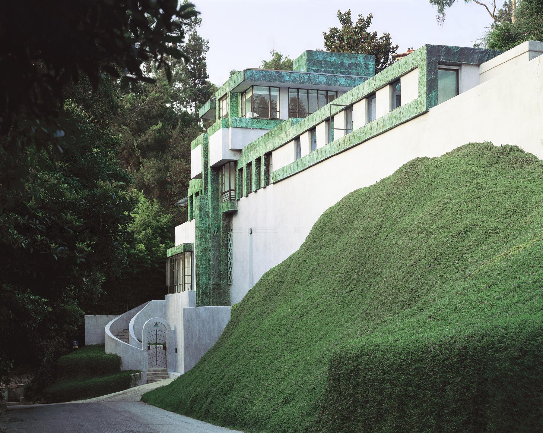 Samuel-Novarro House, Lloyd Wright